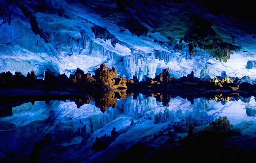 Самые красивые пещеры мира